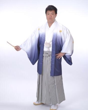 成人式袴、記念撮影♪春日井市、名古屋市で成人式の袴の撮影をお探しの方、必見です♪