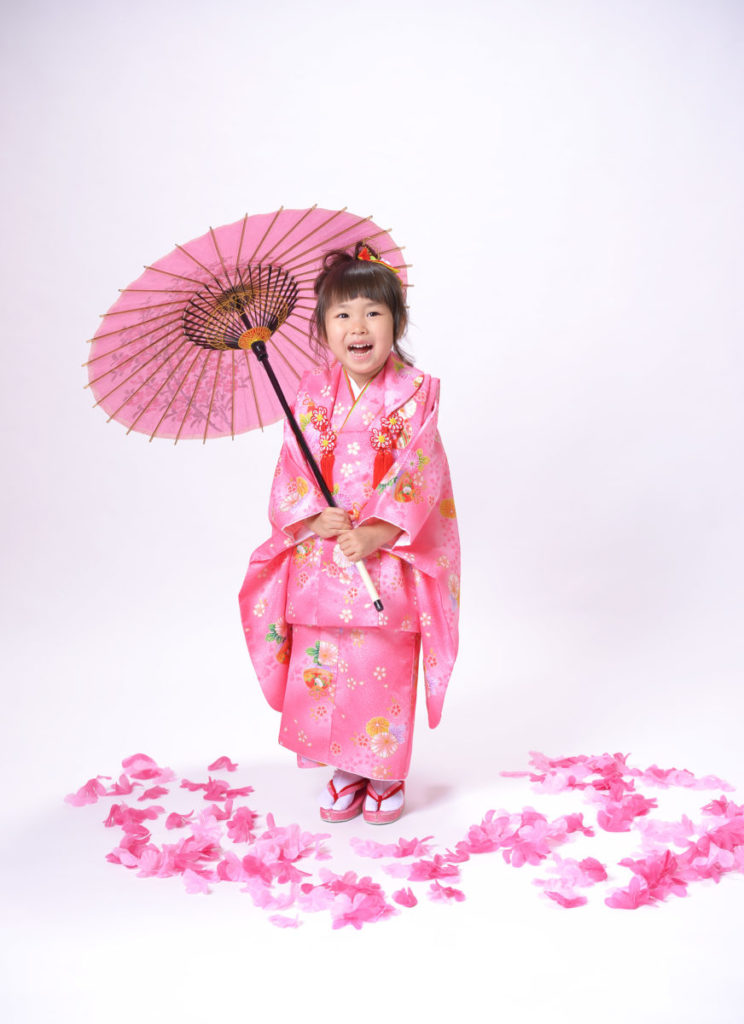 七五三の写真撮影、可愛い3歳の女の子さんを撮らせて頂きました♪