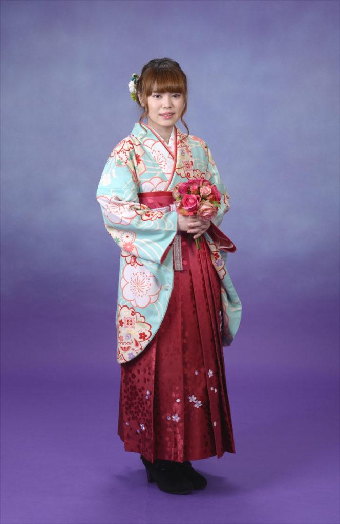 卒業式袴、ブルーのレトロ袴が大変素敵でした♪