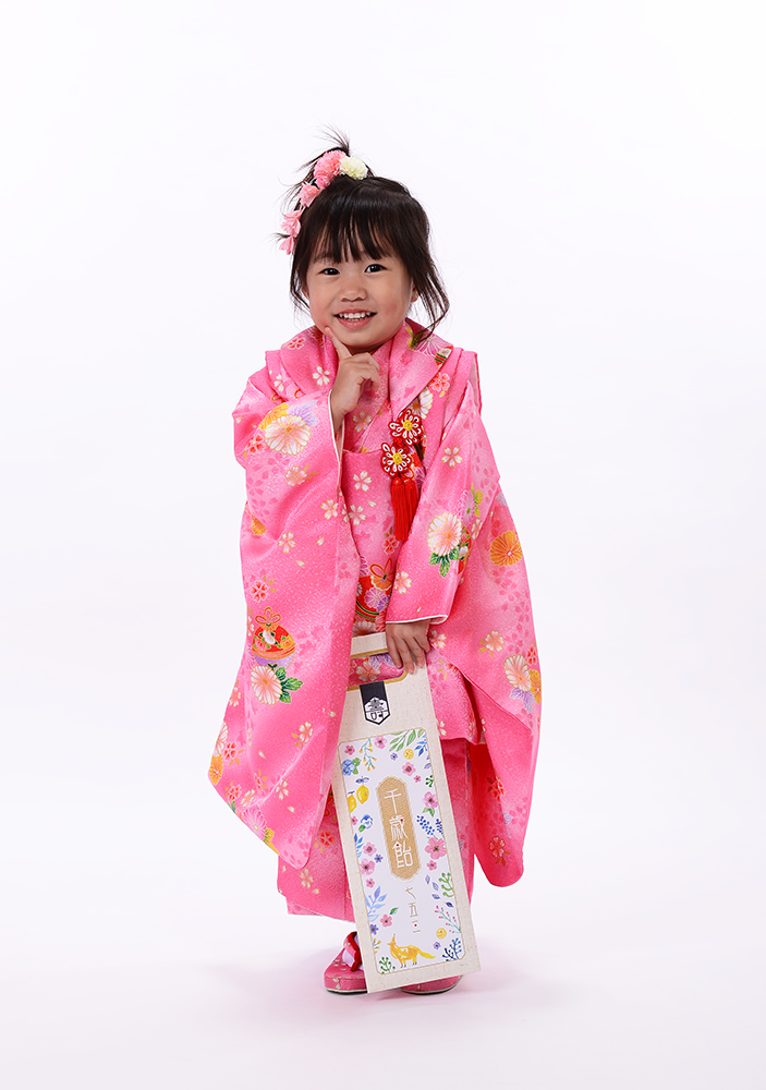 七五三3歳女の子、可愛い人気のピンク着物で♪