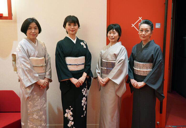 着物を着て、御園座へ歌舞伎を見に行きました!